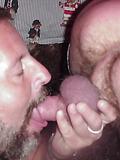 Daddy Bear enjoying the gy life...