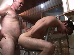 Slutty daddy uses the younger guy