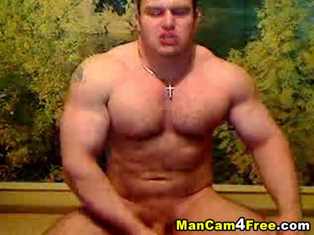 muscular hunk wanking