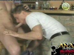 Sucking fun in the bar