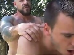 White Daddy Fucks Younger White Guy