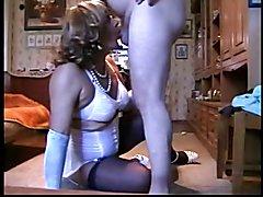 Larisa! Russian mature transvestite! Strapon&minet!