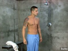 Tattooed jock gives oral sex and gets fucked