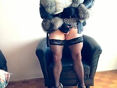 Transvestite cumming in leather jacket