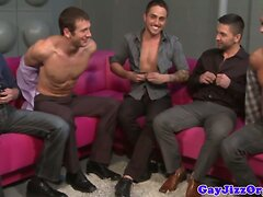 Cumshot loving muscles in group ass fucking