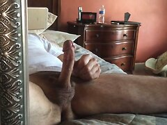Str8 daddy jerking in front of the mirror ll