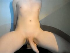 Slut boy cums whilst fucking big dildo
