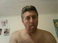 Daddy hot mostrando en la webcam