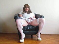 Cumming in white