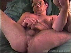 Mature Amateur Rodney Jacking Off