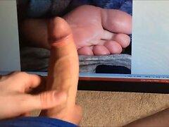 Cum Tribute To Feet (soleslove)