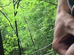 Spritzen in der Natur - Cum in Nature