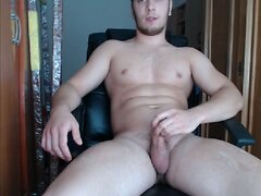 Muscular German Guy Jerkoff