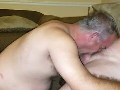 couch blow job 002