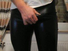 For Beata in shiny Leggings