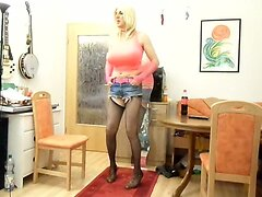 sandralein33 with monster tits dancing in short jeans