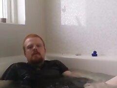 Danish Guy - Rubbercub wanking in bathtub