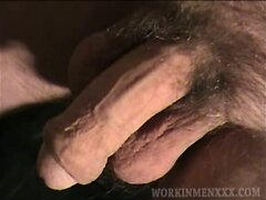 Mature Amateur Ken Beating Off