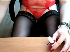 Painting my nails (old vid)