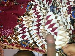 again fuck,cum  Aunty's lungi Textil Motif Batik AYU 526