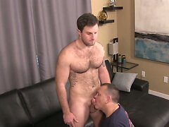 Sexy Hunk Gets Sucked And Rimmed
