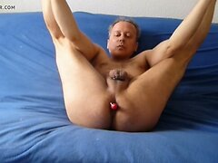 909a at1 naked posing on blue bed linen 7c8a1 nackt