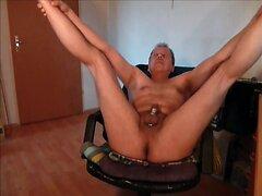 262 at1 Mann wichst oeffentlich nackt webcam public