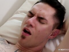Miles Taylor Dominates Hungry Bottom